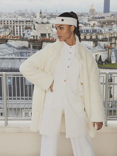 Busnel Depuis celebrates the meeting of classic chic with the fashionable woman of today. Classic Chic, Normcore, Celebrities, Womens Fashion, Image, Style, Swag, Celebs, Women's Fashion