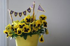Love the mini-bunting incorporated into this.