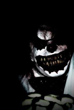 whyyy are clowns so scary Clown Horror, Horror Monsters, Creepy Clown, Arte Horror, Horror Art, Creepy Pics, Creepy Art, Halloween Clown, Halloween Horror