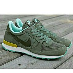 Bildresultat för nike sneakers olive green
