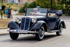 Vintage Cars, Antique Cars, Cars And Motorcycles, Ww2, Trucks, Sport, Antiques, Vehicles, Prague