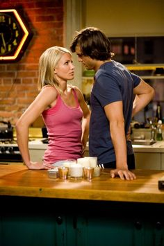 Cameron Diaz and Ashton Kutcher in What Happens in Vegas Cameron Diaz, Ashton Kutcher, Las Vegas, Saga, Se Lever, Good Movies To Watch, Timex Watches, Romantic Scenes, Getting Back Together