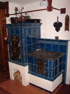 modrá Bakery Kitchen, Kitchen Stove, Old Kitchen, Build Your House, Building A House, Patio Grill, Old Stove, Antique Stove, Cooking Stove