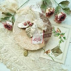My handmade works and antique laces & card(*´ー`*)💝🌿#thebotanicalseries#rainbow_wall #mymondaymoodboard#byarrangement#fav_squares#bella_pastels#vintagelaceandroses #tv_retro #snap_ish #floralwaltz #dotsypic #be_one_noedit #still_life_gallery #9vaga_chris9 #gatheredstyle #floralfridaycompetition  #9vaga_shabbysoft9  #super_romanticas #pocket_collage_random #home_manufacturer #ig_treasures #world_dof_christmas #detalhes_em_foco#antique_r_us#petalsandprops #tv_stilllife #jj_indetail…