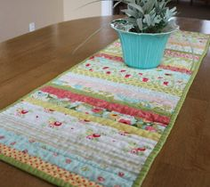Use your sewing skills to decorate your holiday table with this Table Runner Tutorial; the perfect homemade Christmas craft. Add a burst of seasonal color to your family gathering when you make your own table runner. This free sewing pattern for Chri