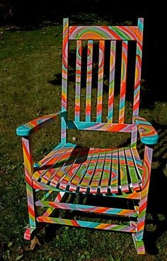 Super unique furniture upcycling old chairs ideas Painted Rocking Chairs, Hand Painted Chairs, Funky Painted Furniture, Refurbished Furniture, Repurposed Furniture, Unique Furniture, Furniture Projects, Furniture Makeover, Vintage Furniture