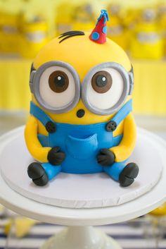 "Modern & Bright & In A Minion& Themed Birthday Party. ,Modern & Bright ""One In A Minion"" Themed Birthday Party, Minion Torte, Bolo Minion, My Minion, Cake Minion, Fondant Minions, Minions Minions, Lego Cake, Funny Minion, Minion Birthday"