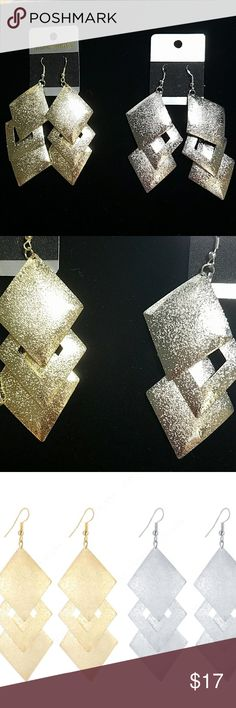 ANY 4 PAIRS FOR $17! STATEMENT DANGLING EARRINGS Design consists of 3 dangling sparkly diamond shapes. Reflects light beautifully! Earrings are not heavy so they won't make you feel weighted down & no worries about stretching out your earlobes! Earrings are thin, lightweight Alloy metal. They are priced great! Bundle & save on shipping! Choose Gold or Silver in Options. Once you add 4 pairs to your bundle, submit offer for $17 & it will be accepted!  Gold stock# 137 Silver Stock # 237…