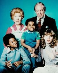 Diff'rent Strokes / Arnold et Willy ~ sitcom Childhood Tv Shows, My Childhood Memories, 1970s Childhood, School Memories, Arnold Et Willy, 1980s Tv Shows, 80s Kids Shows, 90s Kids, Tv Shows