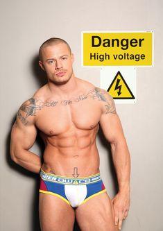 #SexyMuscleMenBlog  #UnderwearModels