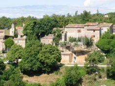 Le village de sivergues guide touristique du vaucluse paca