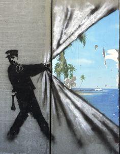 Banksy Sends Haunting Environmental Message With New Holiday.- Banksy Sends Haunting Environmental Message With New Holiday Street Art - Banksy Graffiti, Street Art Banksy, 3d Street Art, Banksy Artwork, Best Graffiti, Urban Street Art, Best Street Art, Amazing Street Art, Street Artists
