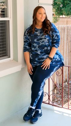 Navy Camo Print Activewear – Estrella Fashion Report Gym Outfits, Workout Outfits, Workout Gear, Activewear Sets, Plus Size Activewear, You Look Fab, Supportive Sports Bras, Tinashe, Plus Size Workout