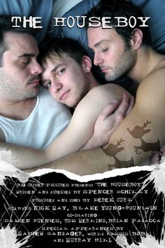 Ricky fica sozinho tomando conta da casa de dois homens com quem divide a cama, quando estes partem para férias. Quando descobre que a ...