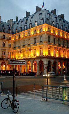 ♔ Les Arts Decoratifs Museum in Paris