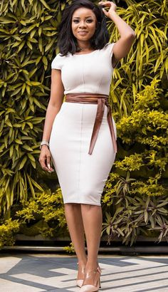 Here are some lovely and classy work outfits for ladies ladies, these outfits are really cool and will give you an awesome look. Classy Work Outfits, Classy Dress, Chic Outfits, Dress Outfits, Fashion Outfits, Workwear Fashion, Fashion Blogs, Office Fashion, Outfits Fo