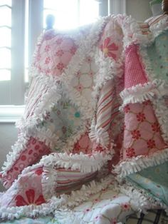 Cute idea and colors....but retail product not instructions.... Rag Quilt