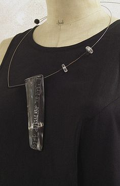 Contemporary horn necklace -:- AMALTHEE CREATIONS -:-
