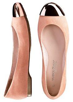 Balerini O pereche de pantofi absolut • 129.9 lei • Bon prix