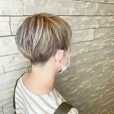 Short Hair Styles, Hoop Earrings, Instagram, Fashion, Hair, Bob Styles, Moda, Short Hairstyle, Fasion