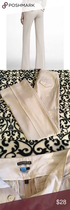 """Express Editor Cassidy Light Khaki Flare Pants Express Editor Cassidy Fit Flare in light Khaki. Size 2 with 32"""" inseam. In excellent condition. No flaws. Back flap pockets. ❌ NO TRADES ❌ NO LOWBALLING ❌ Express Pants Boot Cut & Flare"""