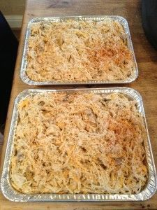 The ultimate comfort food, chicken tetrazzini freezes beautifully and can be a save-the-day meal when the need arises. Favorite Chicken Tetrazzini Tetrazzini: A Perfect Make Ahead Meal Make Ahead Freezer Meals, Freezer Cooking, Easy Meals, Cooking Recipes, Freezer Recipes, Budget Recipes, Make Ahead Casseroles, Inexpensive Meals, Recipes For A Crowd