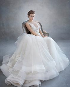 These Lazaro wedding dresses are exactly what comes to mind when we think of exquisitebridal couture! The dramatic silhouettes and fierce designs have us wanting more from this unique designer. These Lazaro wedding dresses give off the most luxury looks for everyone to adore. Look through this romantic inspiration of unique wedding gowns to fall […]