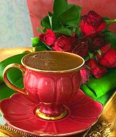 having coffee … Kaffee trinken Coffee Cup Art, Coffee Cafe, Coffee Set, Black Coffee, Coffee Break, Coffee Drinks, Good Morning Coffee, Breakfast Tea, Coffee Photography