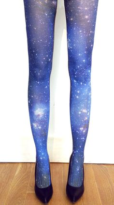 galaxy tights - Hmmm ... would be awesome to make a dress out of that fabric - Morningstar indeed.