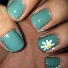 Zoya Bevin with some spring daisies!