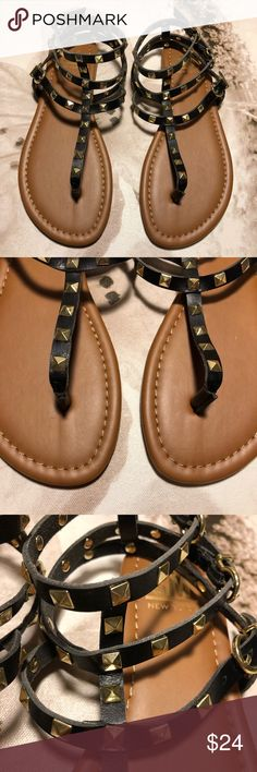 NWT SIZE 6 & 8 BLACK AND TAN SANDALS NWT BLACK AND TAN SANDALS SM New York Shoes Sandals
