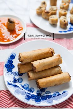 Vietnamese Egg Rolls includes a video on how to roll them and 3 versions incl. a vegetarian version! Vietnamese Egg Rolls, Vietnamese Cuisine, Vietnamese Recipes, Asian Recipes, Egg Roll Recipes, Great Recipes, Favorite Recipes, Easy Recipes, Tasty