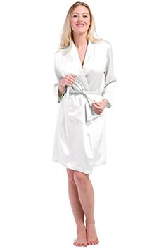 Fishers Finery 100% Silk Robe, Silk Bathrobe, Comfortable Just Above Knee Length; Perfect Gift for Wife Girlfriend (White, M):   Wrap yourself in our Isabella Silk. Our robe is designed to caress you in luxury that only the finest silk can provide. Pamper yourself with our robe. Wear as a cover-up with our nightgown or our silk boxers and camisole or by itself as loungewear. Included with your purchase is our complimentary mesh bag for optimal laundering.