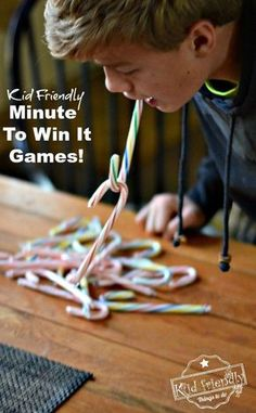 Super Fun Kid Friendly Minute To Win It Games with a Winter and Christmas Theme! Easy enough for kids but challenging enough for adults! Perfect for parties at school or just for family fun. www.kidfriendlythingstodo.com