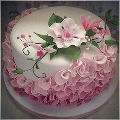 New cupcakes decoration fondant flowers ideas ideas Fondant Cupcakes, Fun Cupcakes, Wedding Cupcakes, Cupcake Cakes, Cupcakes Design, Wedding Sweets, Sweets Cake, Cake Icing, Gorgeous Cakes