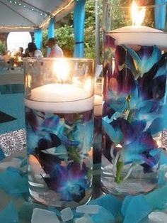 pretty centerpieces!  From my cousin's friend's wedding in Idaho...