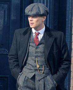 Cillian Murphy looking impossibly handsome in Peaky Blinders. The most exciting character on tv in a long, long time.