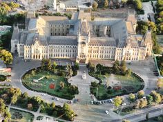 Palatul Culturii Iasi - Aerial - Romania – Travel guide at Wikivoyage Capital Of Romania, Places Around The World, Around The Worlds, Visit Romania, Romania Travel, Luxembourg Gardens, Great Love Stories, Largest Countries, Famous Places