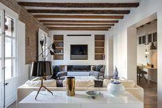 Rehabilitación de un piso en el Barrio Gótico, Barcelona, AAGF Arquitectura