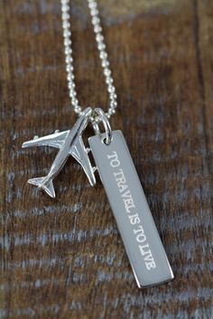 Travel Enthusiast Airplane Necklace Engraved – Custom Engraved with YOUR Words – 925 Sterling Silver Viajes avión collar grabado – Zugriff auf die Viaje joyas (Visited 1 times, 1 visits today) Cute Jewelry, Jewelry Accessories, Flight Attendant Life, Accesorios Casual, Ring Set, Engraved Necklace, Travel Gifts, Graduation Gifts, Graduation Necklace