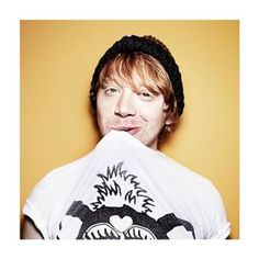"""When he owned the """"hungover mess"""" look. 