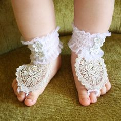 Lace baby booties!