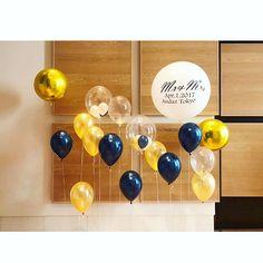 結婚式会場のフォトスペースです。 いろいろな種類のバルーンを組み合わせました ・ ネイビーとゴールドの気品高い雰囲気はホテルウエディングにぴったりですね✨ #balloons #bubbleballoon #giantballoons #photobooth #wedding #partydecor #andaztokyo #confetti #theballtokyo #コンフェッティバルーン #パーティーデコレーション#ウェディング #ウェディングバルーン#プレ花嫁#フォトブース #撮影#Tバルーン