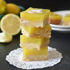 Eggfree Lemon Bars using agar agar. Can be easily adapted to make them vegan.