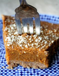 Pumpkin Pie: vegan, SOS-free (salt, oil, sugar). Sweetened with dates, great crust!