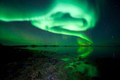 Anche se la scienza ci svela i suoi segreti, le aurore polari continuano ad essere uno spettacolo a dir poco magico