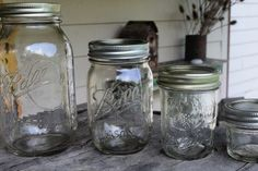 When is the proper time to sterilize canning jars? Learn the step by step process and how to properly sterilize canning jars when necessary. Canning Dill Pickles, Pickles Recipe, Homemade Pickles, Homemade Recipe, Canning Tips, Canning Recipes, Penrose Sausage, Freeze Peppers, Sterilizing Canning Jars