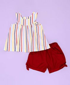 Conjunto listrado e vermelho by Vic Cute Girl Outfits, Toddler Outfits, Kids Outfits, Short Infantil, Kids Indian Wear, Cute Dresses, Girls Dresses, Girls Pants, Cute Baby Clothes