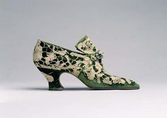 From the self-proclaimed most expensive shoe designer of his era, Pietro Yantorny (Italian, 1874–1936) Silk & leather pumps, 1914-1919. Part of a gift to the Metropolitan Museum from Capezio Inc., 1953 Acc. #: C.I.53.76.15a–h  @metropolitanmuseum