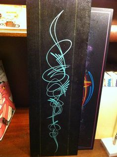 Scroll pinstriping